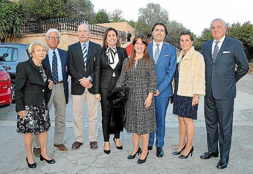 Valentina Moggi, Emilio Feliu, Joan Besalduch, Inmaculada de Benito, Aurora García, Xavi Bonet, Teresa Sánchez y Gonzalo Espino.