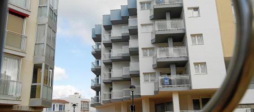 La recesión provocó una crisis inmobiliaria y muchos pisos pasaron a ser propiedad de los bancos como consecuencia de los desahucios.