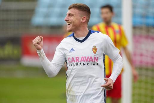El mallorquín Pep Biel marcó dos goles del Zaragoza en Cádiz.