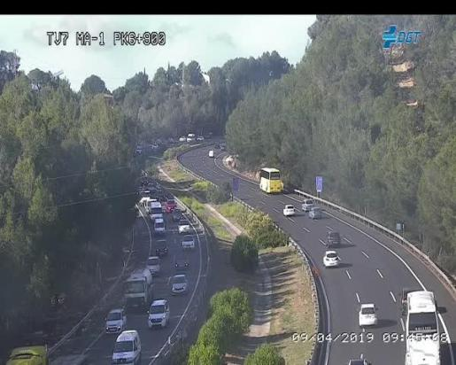 Imagen de las cámaras de tráfico de la autopista de Andratx, colapsada.