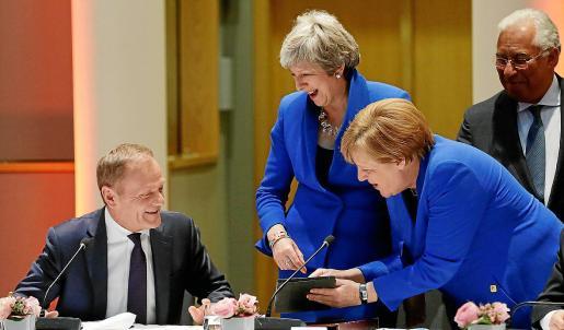 Tusk, May, Merkel y Costa, en una imagen tomada este miércoles durante la cumbre.