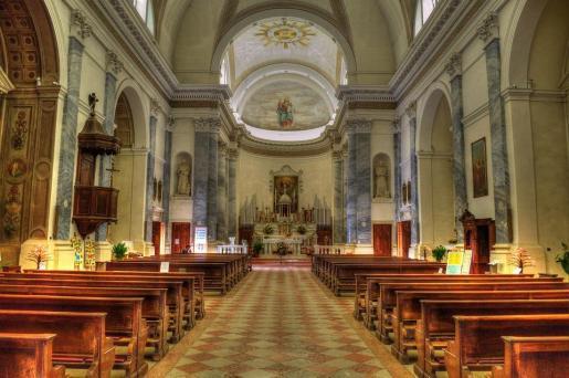 Tal y como está establecido en la normativa de la Iglesia, José Donoso Fernández queda suspendido del ejercicio del ministerio sacerdotal.