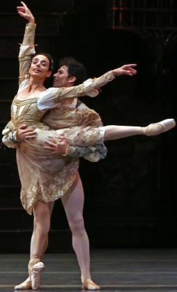 Alessandra Ferri es la bailarina principal del Clásico 'Romeo y Julieta'.