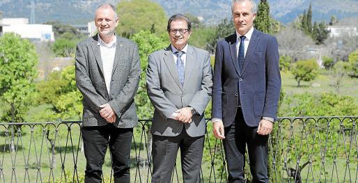 Jaume Carot, Llorenç Huguet y Enrique García Riaza, este jueves en Son Lledó.