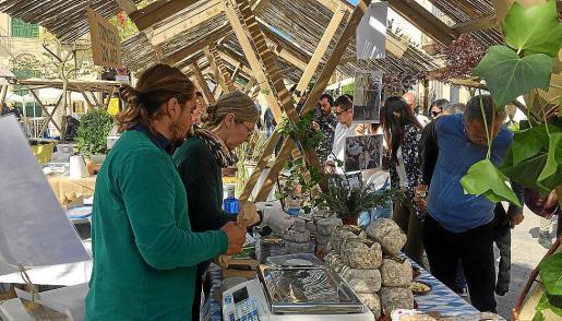 En total, ha congregado a 80 productores y elaboradores llegados a Porreres de todas las Baleares.