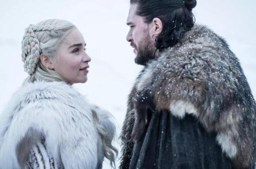 Daenerys y Jon, dos de los personajes más populares de la serie 'Juego de Tronos'.