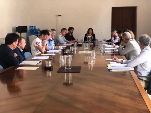 Imagen de la primera reunión de la Comissió contra la Violència a l'Esport de les Illes Balears.