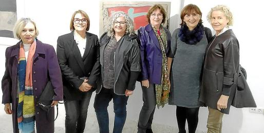 Isabel Oliver, Isabel Mas, Joana Seguí, Maria Magdalena Marimón, Sebastiana Moranta y Margalida Font.