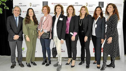 Emilio Duró, Maria Soledad Bescos, Ana Ferrà, Carmen Planas, Celia Torrebarella, Lucila Siquier, Cristina Deutsch y Miriam Nogueira.