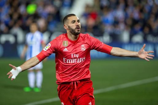 Karim Benzema celebra el gol del Real Madrid ante el Leganés.