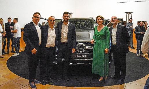 Al exitoso acto de presentación acudieron numerosos clientes y amigos de la marca.