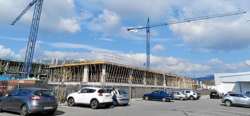 El 'boom' constructor en Palma denota el incremento de la demanda inmobiliaria por parte de extranjeros y residentes en todas las barridas.