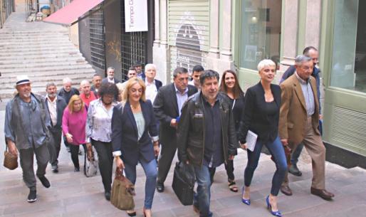 Integrantes de la candidatura de Sumam al Ajuntament de Palma, liderada por Aina Aguiló.