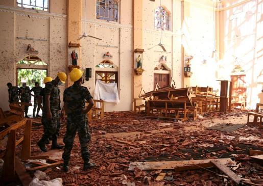 Estado en el que quedó la iglesia de San Sebastián tras los atentados de Sri Lanka.