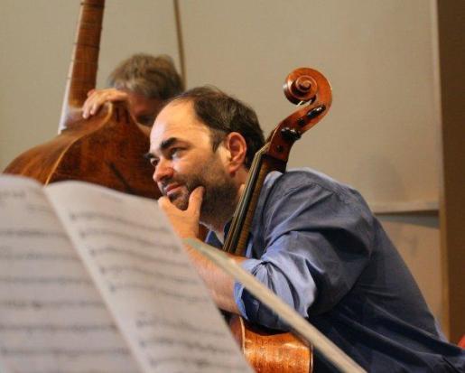 Imagen del violonchelista Christophe Coin.