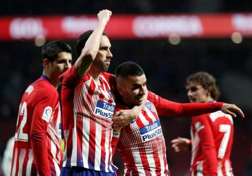 Jugadores del Atlético de Madrid celebrando uno de los goles.