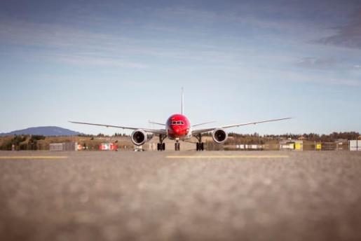 Imagen de un avión de Norwegian.