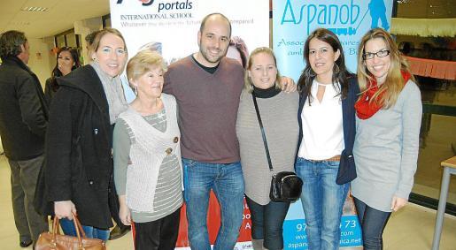 Carmen Jaume, Margalida Roca, Miguel Ángel Romero, María Ángeles Lagar, Mar Fullana y Dulce Jaume.