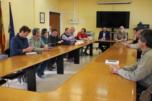 Los representantes del sector agrícola se reunieron este lunes con el Govern en la Mesa de la Sequía.