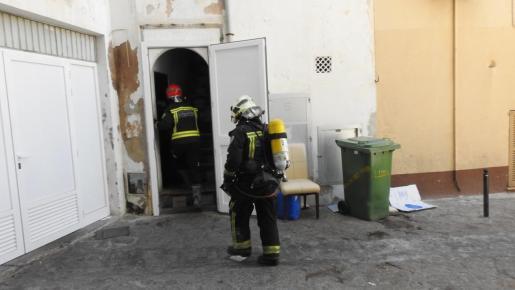 Los bomberos actuando.