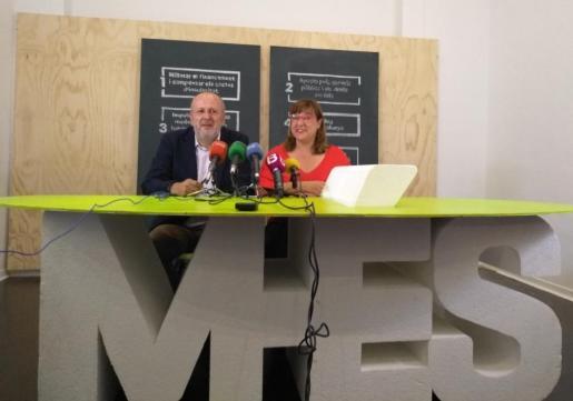 Miquel Ensenyat y Bel Busquets, candidatos de Més al Govern y al Consell de Mallorca, respectivamente, en las elecciones del próximo 26 de mayo.