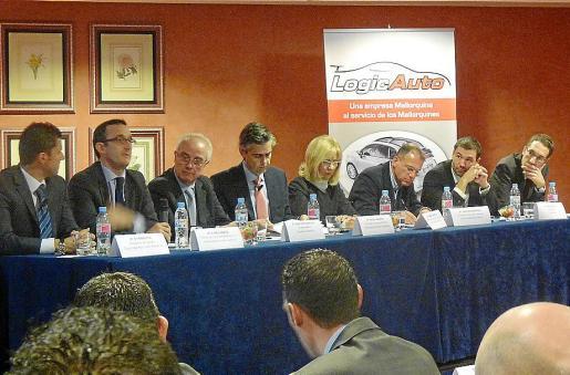 Un momento del coloquio del sector de la automoción en Balears, ayer en el Palas Atenea.