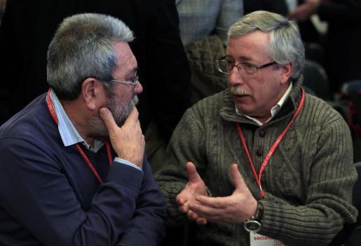 El secretario general de CCOO, Ignacio Fernández Toxo, y el de UGT, Cándido Méndez, en una imagen de archivo.
