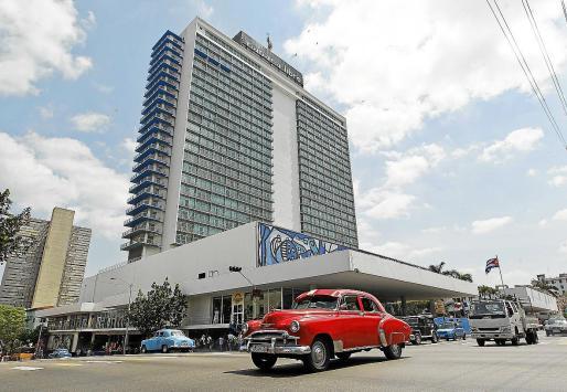 A lo largo del Malecón de La Habana se encuentran algunos hoteles mallorquines, entre ellos el Meliá Cohiba y el Habana Riviera by Iberostar, y en el centro de la ciudad resalta el emblemático Tryp Habana Libre. Todos ellos son en gestión.
