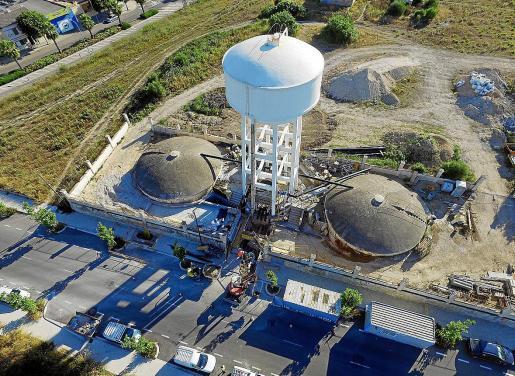 El pozo del Serralt de Manacor ha sido uno de los puntos objeto de mejoras durante esta legislatura. Se trata de la infraestructura que da presión a toda la ciudad y hacía una década que no funcionaba a plena carga. Ahora funciona al 100 % y se dispone de margen en caso de avería.