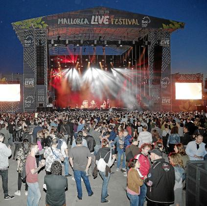 Los organizadores de la cuarta edición del Mallorca Live Festival esperan registrar este año un incremento de público asistente del 35 por ciento.
