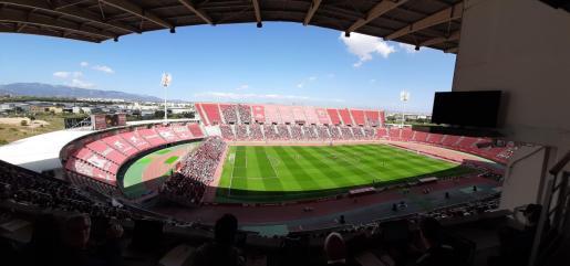 Imagen panorámica del estadio de Son Moix durante el partido entre el Mallorca y el Sporting de Gijón.