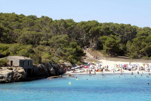 La playa de s'Amarador, en Santanyí, gana una bandera azul en 2019.