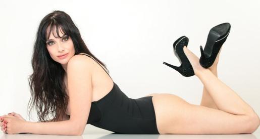 La actriz Beatriz Rico protagoniza 'Mejor viuda que mal casada'.