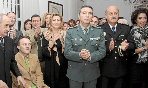 Los alcaldes Manuel Monerris, Cristóbal Coll, Francesc Ametller y Coia Sugrañes; el coronel Basilio Sánchez Rulfo, el comisario Cristóbal Villalonga y Maite Moreno.