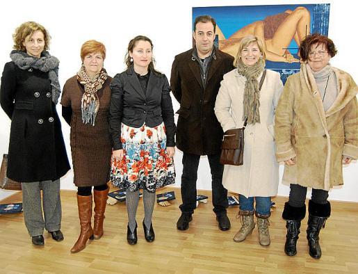 Rosa Maria Tarragó, Teresa Castell, Anna Vallespir, Antonio Aguilar, Cati Coll y Joana Melis.