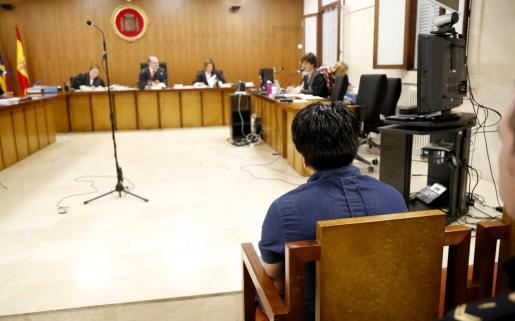 El acusado ha reconocido los abusos de una menor con discapacidad.