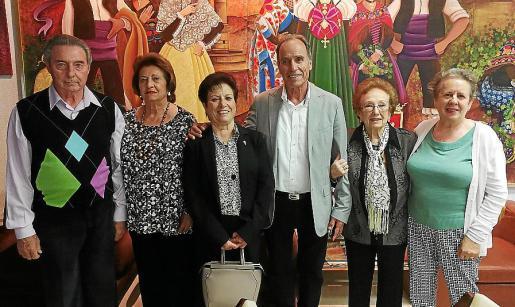 Santiago Aadón, María Pina, Mª del Carmen Muñoz, Reina de las Fiestas 2019; Francisco Martínez, Ana Ballestero y Encarna Cervellán.