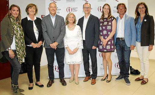 Carol Esteban, Esperanza Catalá, Rafael Barea, Teresa Llull, Carlos Pons, Ana María Amate, Jorge Campos e Idoia Ribas.