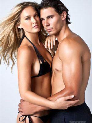 Rafa Nadal ha posado nuevamente ligero de ropa junto a la modelo Bar Rafaeli.