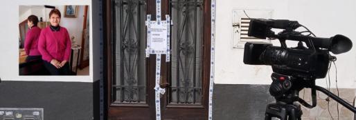 Imagen de la fachada de la vivienda del Arenal donde ha sido hallado el cuerpo de Gloria Francisca Zavala.