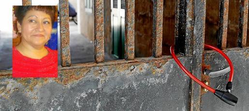 El cuerpo de Gloria Francisca Zavala fue hallado en el interior de un garaje. Al parecer fue su hijo quien colocó el candado que aparece en la imagen.