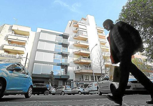 El edificio okupado se encuentra en el número 23 de la calle Emili Darder.