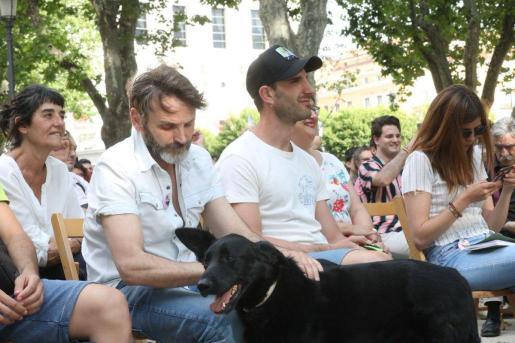 Los actores Dani Rovira y Fernando Tejero en un acto de Más Madrid en defensa de los animales.