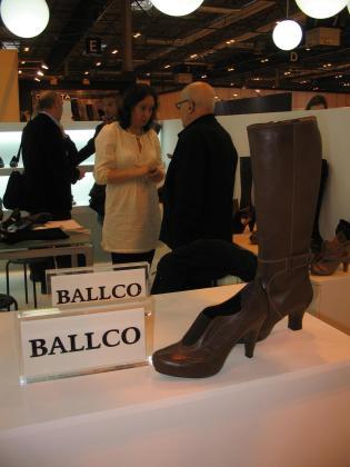 Calzado Ballester y su marco Ballco.