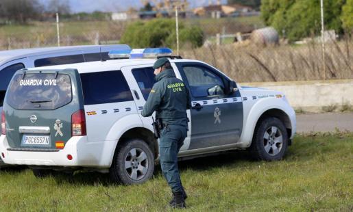 Agentes de la Guardia Civil, al frente de la investigación.