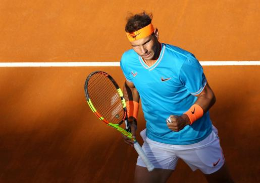 Tennis - ATP 1000 - Italian Open - Foro Italico, Rome, Italy - May 19, 2019 Spain's Rafael Nadal celebrates during the final against Serbia's Novak Djokovic REUTERS/Matteo Ciambelli TENNIS-ROME/