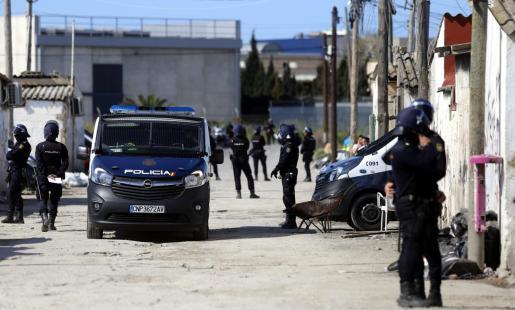 En los últimos años las operaciones policiales en Son Banya se han multiplicado exponencialmente.