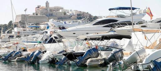 El precio de los amarres se ha convertido en un problema en Ibiza.