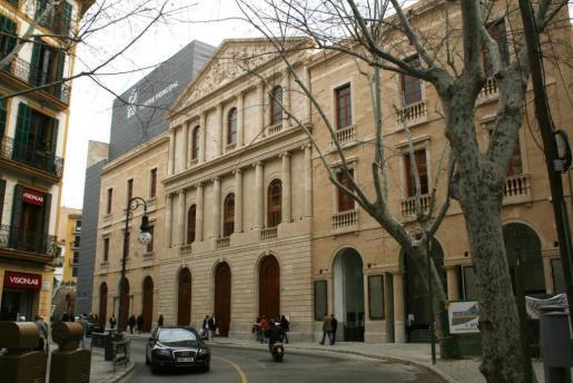 Imagen del exterior del Teatre Principal de Palma.