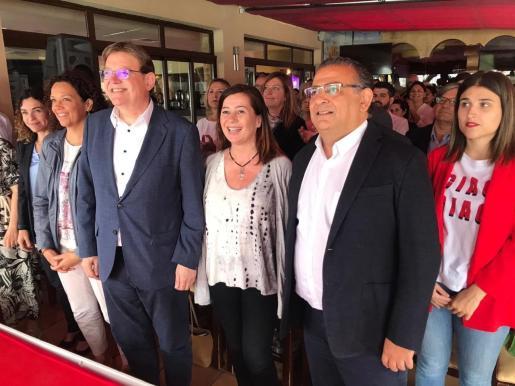 El presidente en funciones de la Generalitat Valenciana, Ximo Puig, y la candidata del PSIB-PSOE al Govern, Francina Armengol en Santa Ponça.